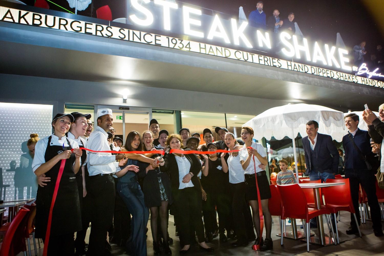 Airsnap Pro | Photo et vidéo d'entreprise et d'événement — Steak'n'Shake, Cannes